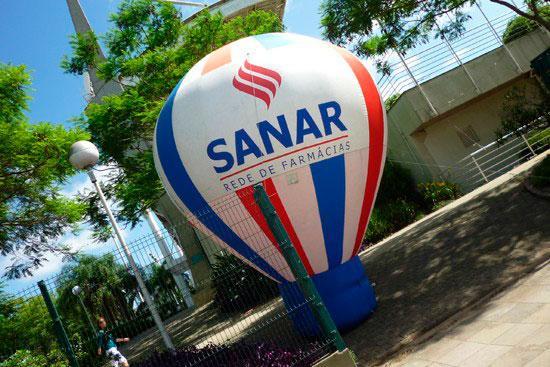 Balões infláveis de propaganda