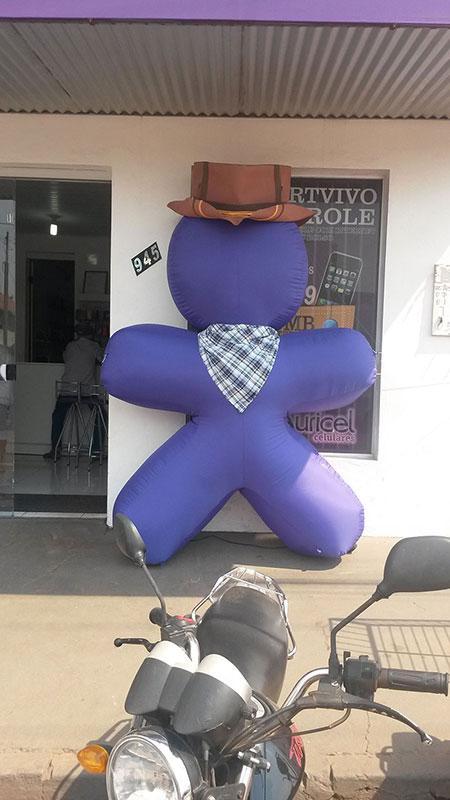 Fábrica de bonecos infláveis