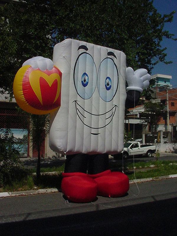 Empresa de bonecos infláveis