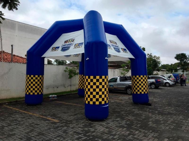 Fábrica de produtos infláveis