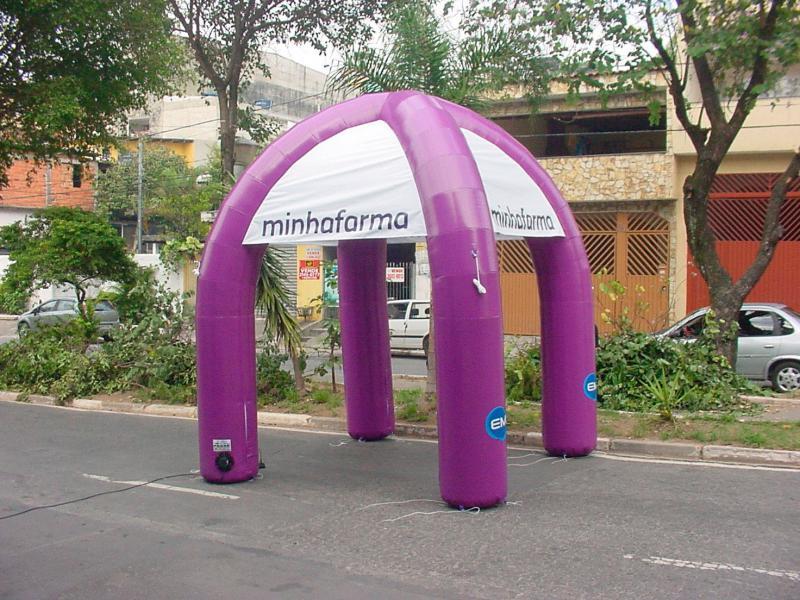 Tenda inflável grande